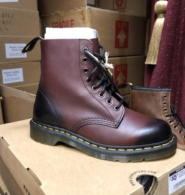 Dr. Martens Dr. Martens Pascal Cherry Red Antique Temperley