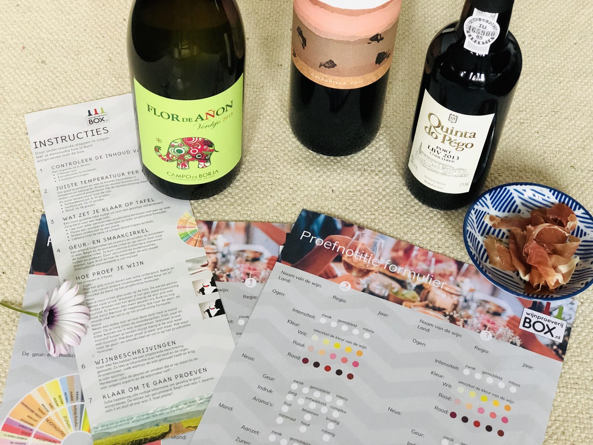 Wijntrip box om met 2-4 personen wijn te proeven