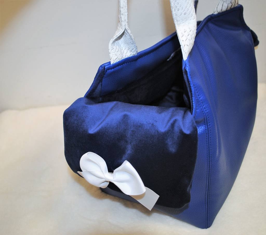 babydog blauwe tas.
