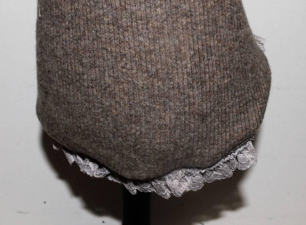 babydog taupe trui met kraag