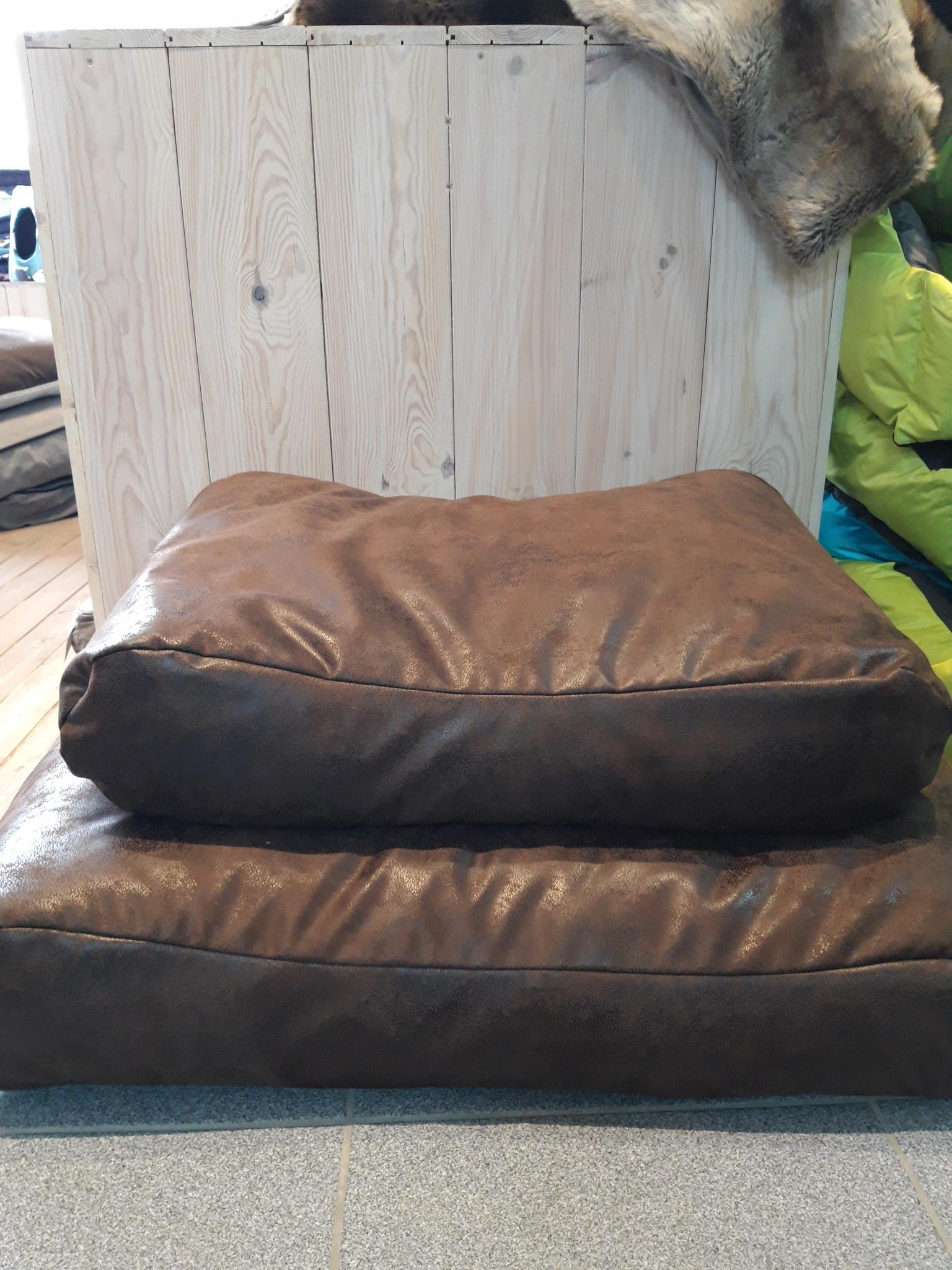 asp pilot leather
