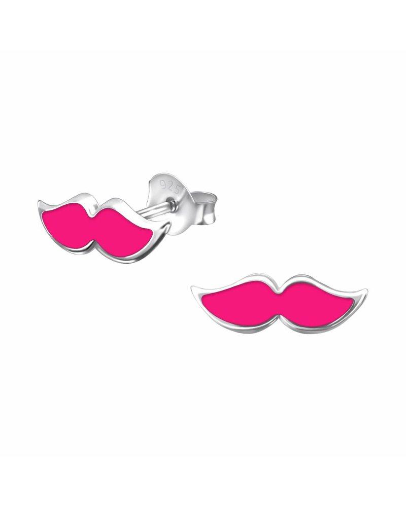 Zilveren kus oorstekers