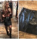 241 Vintage Dressing Skirt Leather Pocket Black