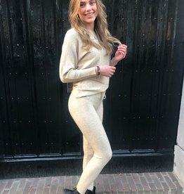 1018 Emma Comfy Suit Ribbel Beige