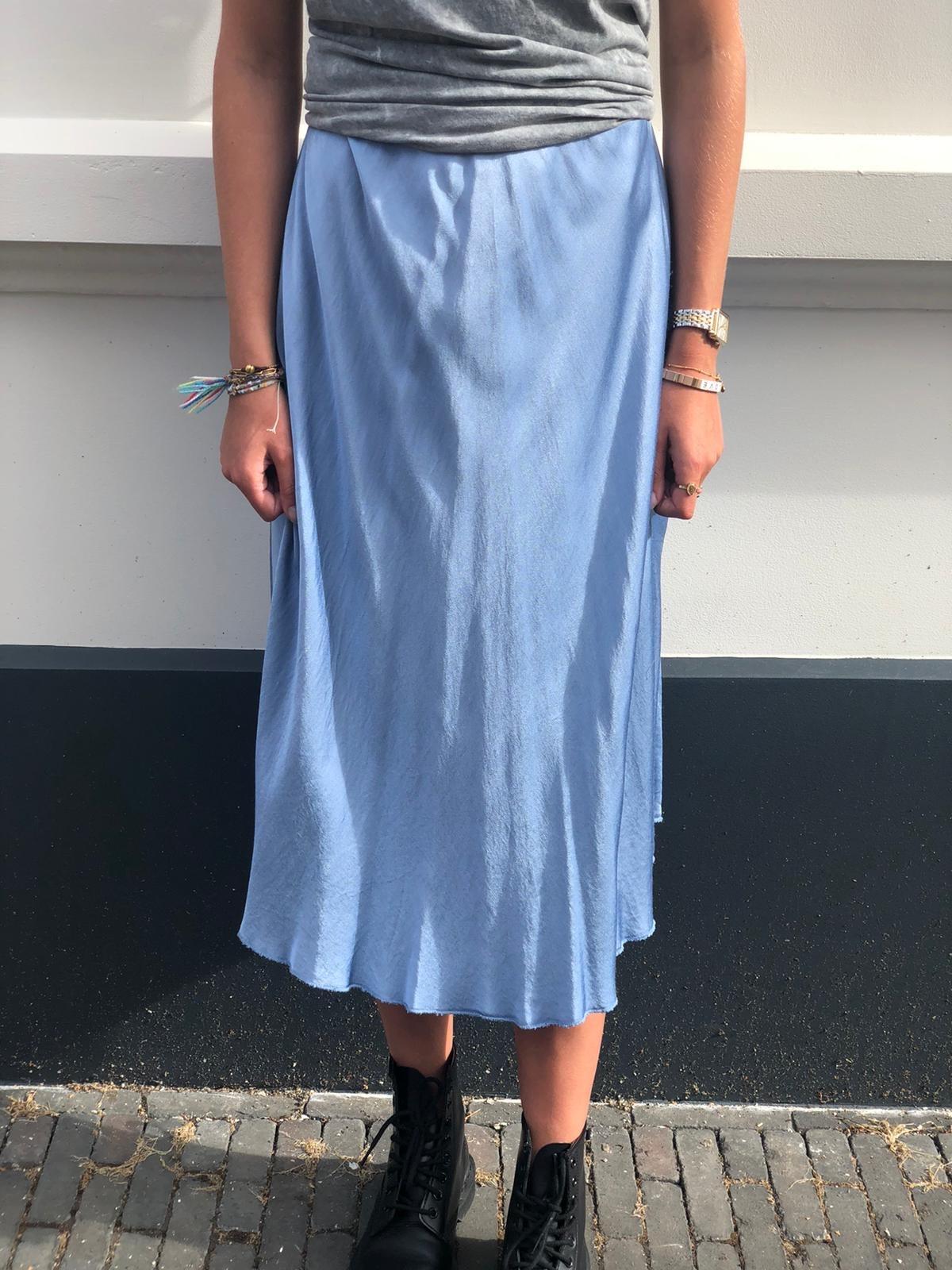 19250 Skirt Silk Maxi Blue