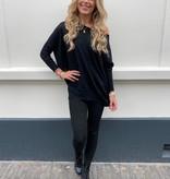 615 Voyelles Comfy Suit Black