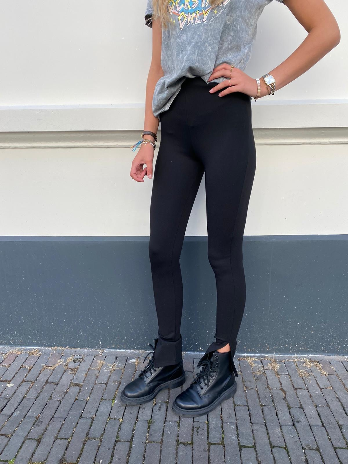 1173 Yu & Me Pants Split Black