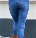 9225 Queen Hearts Skinny Crop Jeans Medium Blue