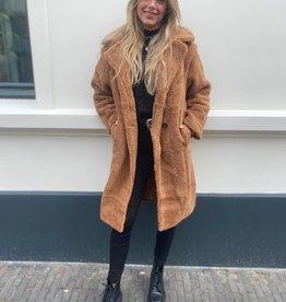 9019 Copperose Teddy Coat Camel