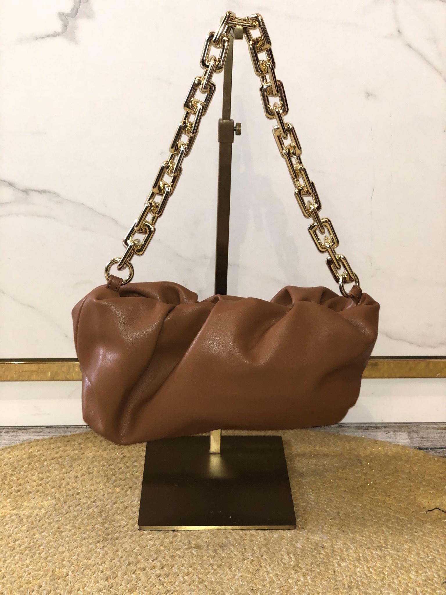 2016 Bag Chain Pouch Brown