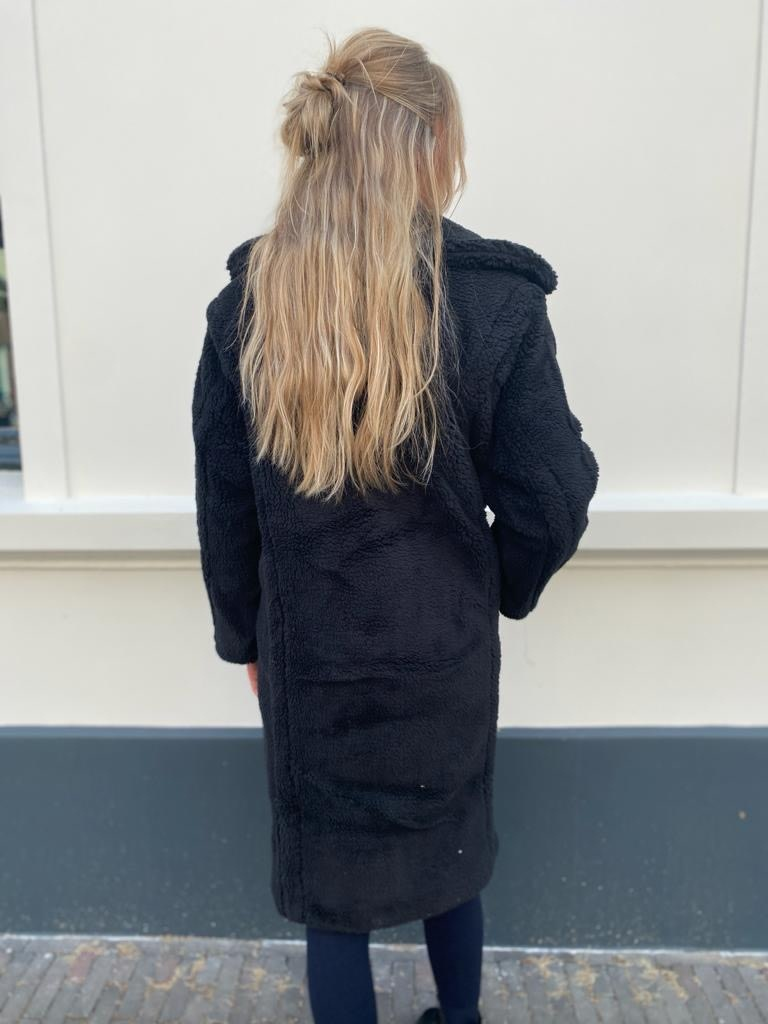 9019 Copperose Teddy Coat Black