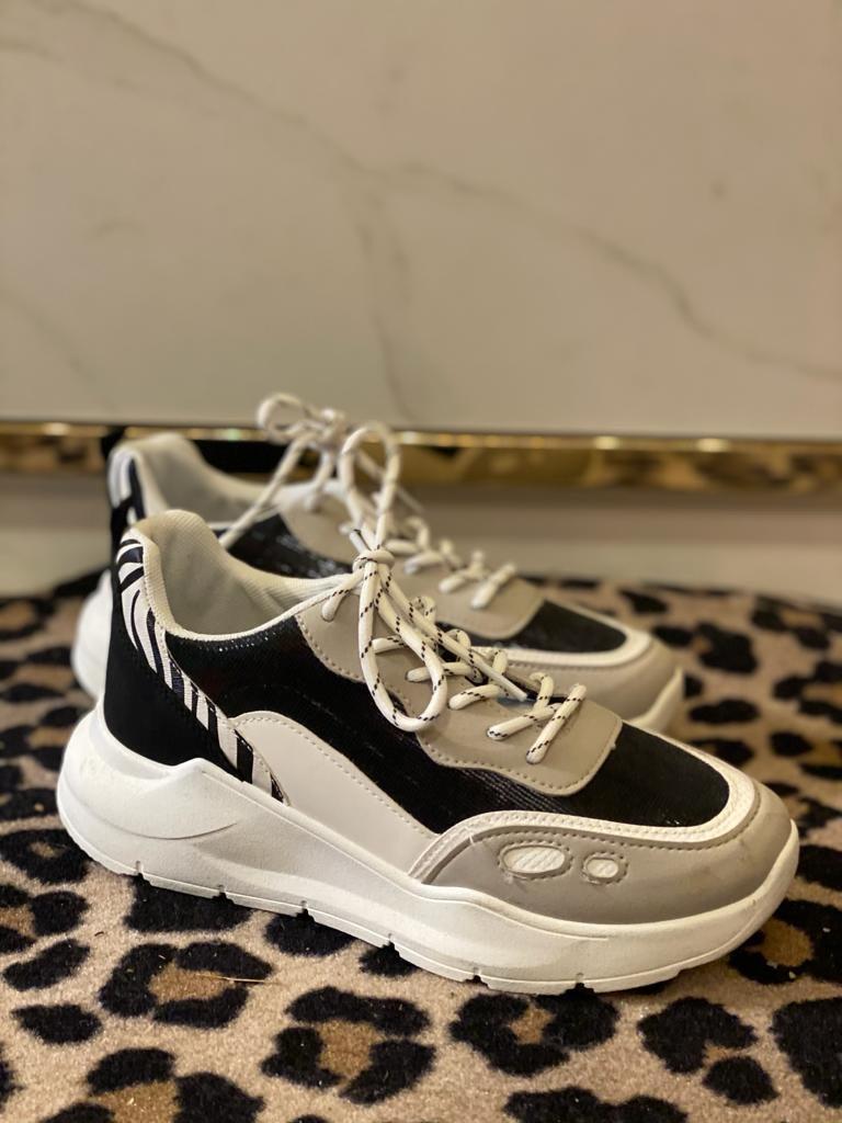 601 Sporty Sneakers Zebra