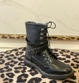 8925 Boots Buckle All Black