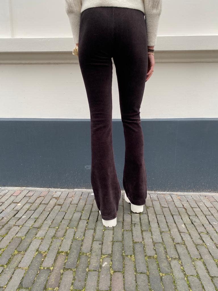 2083 Ambika Flared Pants Corduroy Julie Bruin/Paars