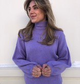 2104 Ambika Basic Cropped Sweater Lila