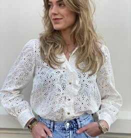 2108 Bloroyal broderie Blouse Gouden Knopen Wit