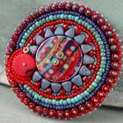 Publiek schema - Hippie brooch