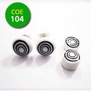 Afwisselende witte en zwarte cirkels - 8-10mm - COE 104