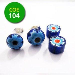Blauw/wit blauw bloempje/rood punt - 7-8mm - COE 104