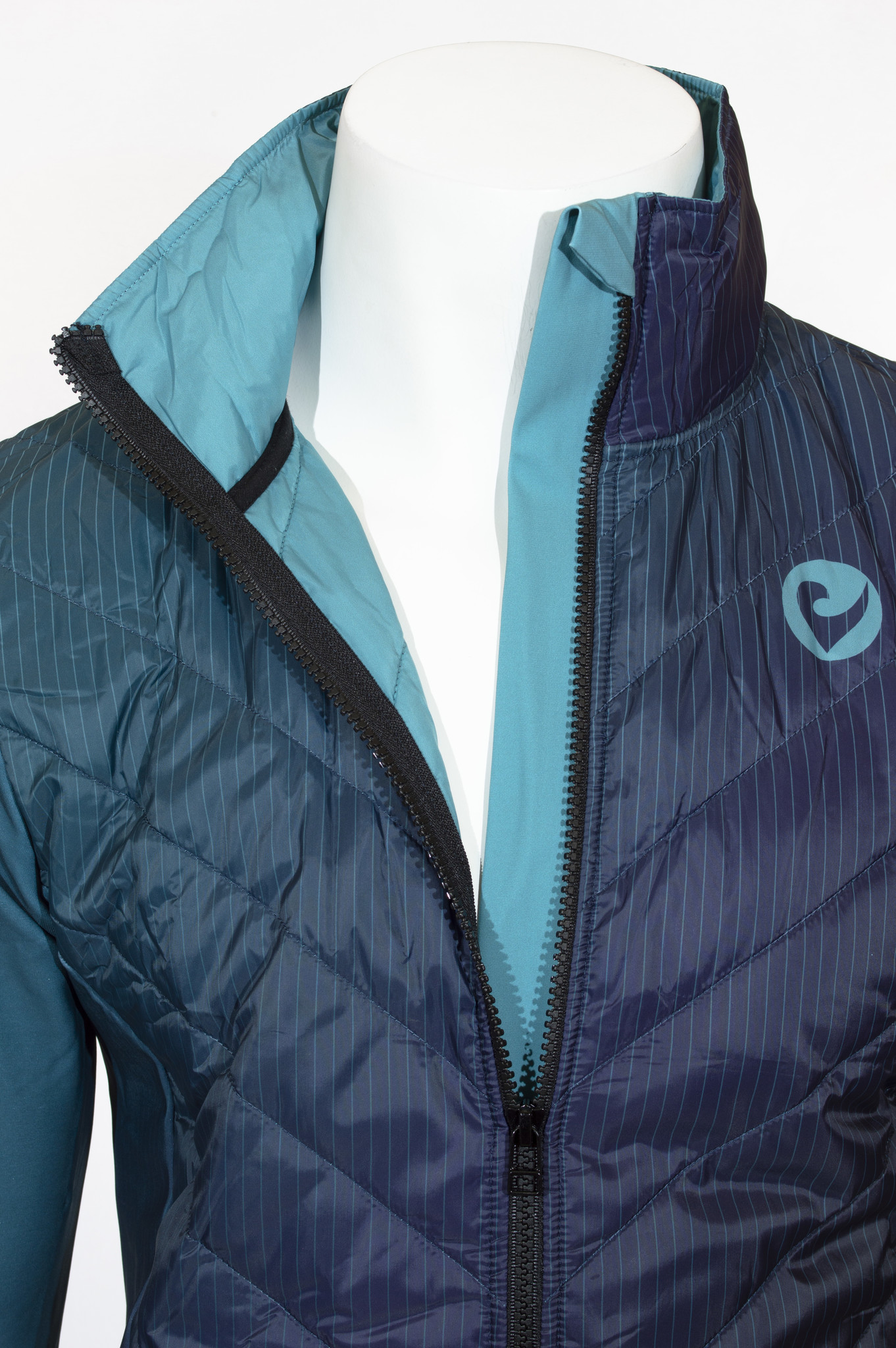Premium Jacket Boost-3