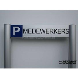 Parkeerbord Medewerkers frame paneel 10x50 cm en 2 palen