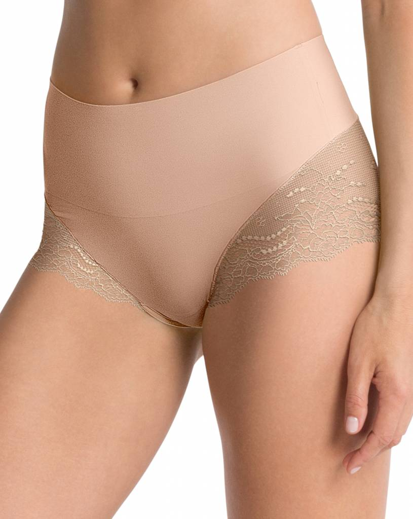 Hi-Hipster Undie-Tectable Lace SPANX | Soft Nude