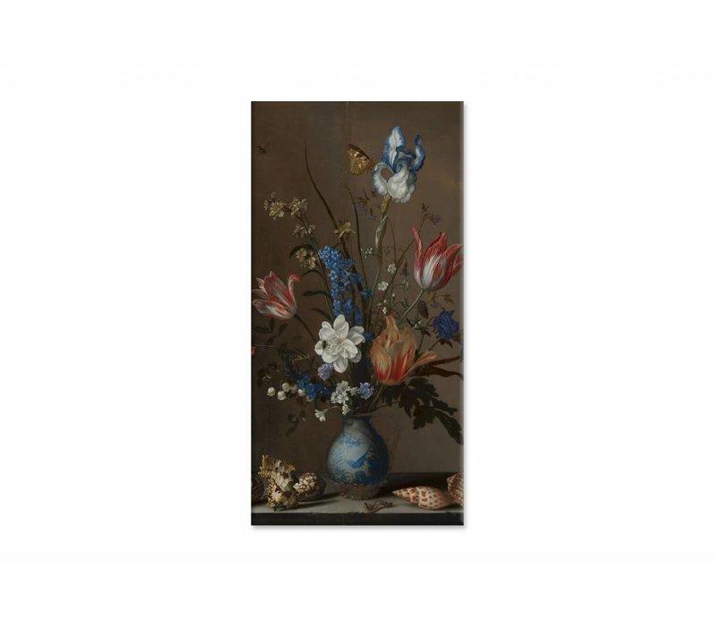 Bloemen in een Wan Li vaas met schelpen • staande afdruk op canvas