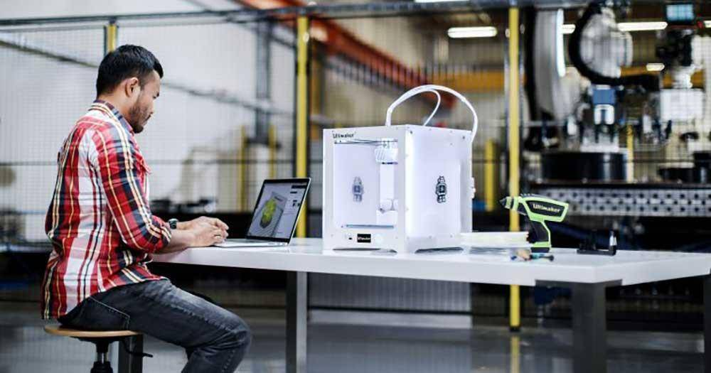 cards 3D Printing Solutions Ultimaker Training - In 3D Experience Center
