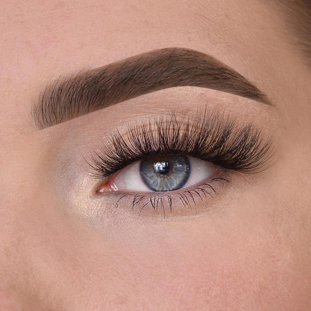 'Diva lashes'
