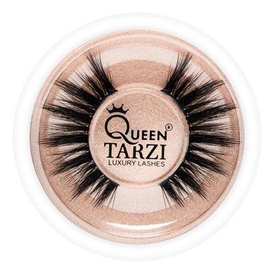 Queen Tarzi Ivy wimpers