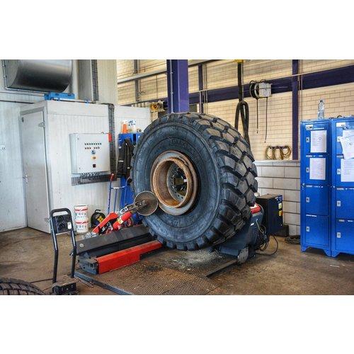 Montaje en BAS Tyres Veghel ( Máquina )