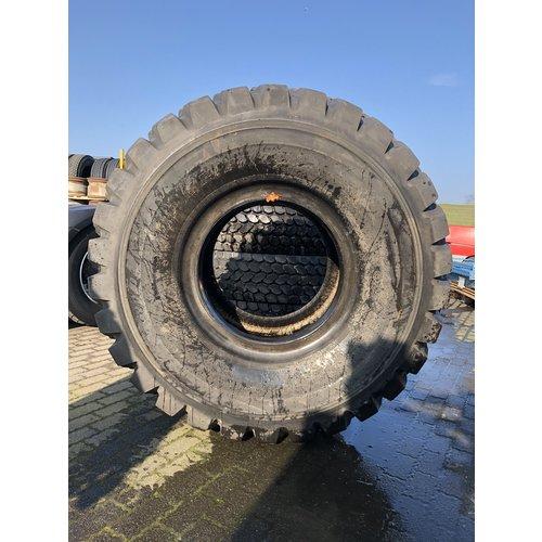 Dunlop Gebruikt Dunlop SP T7 LD 30/65R25