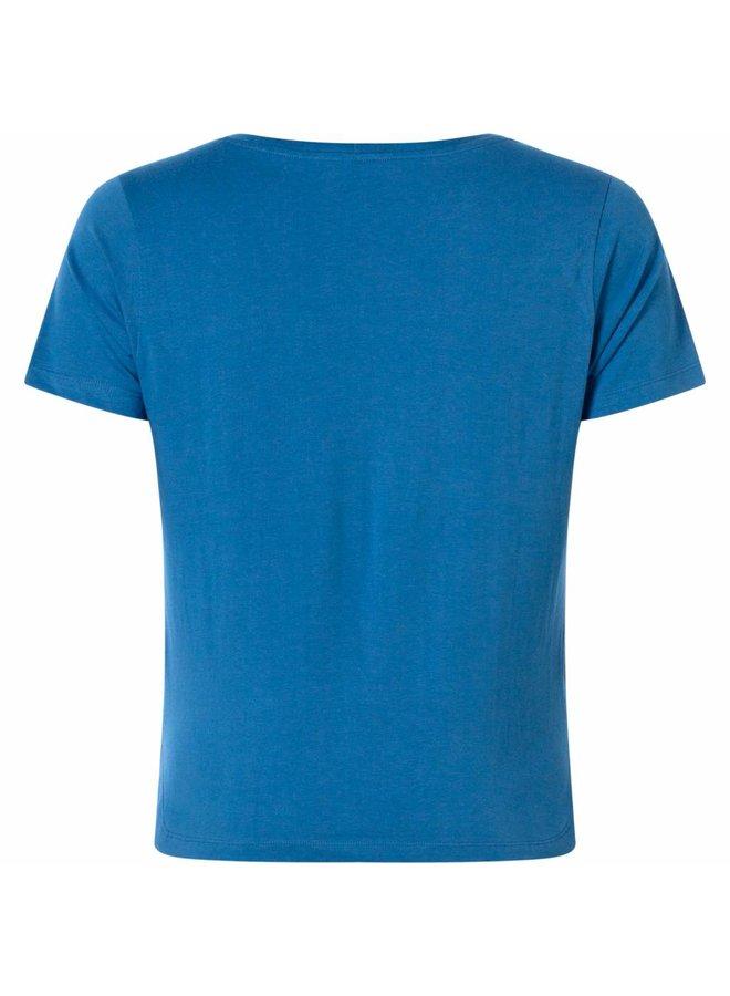 Elke blue