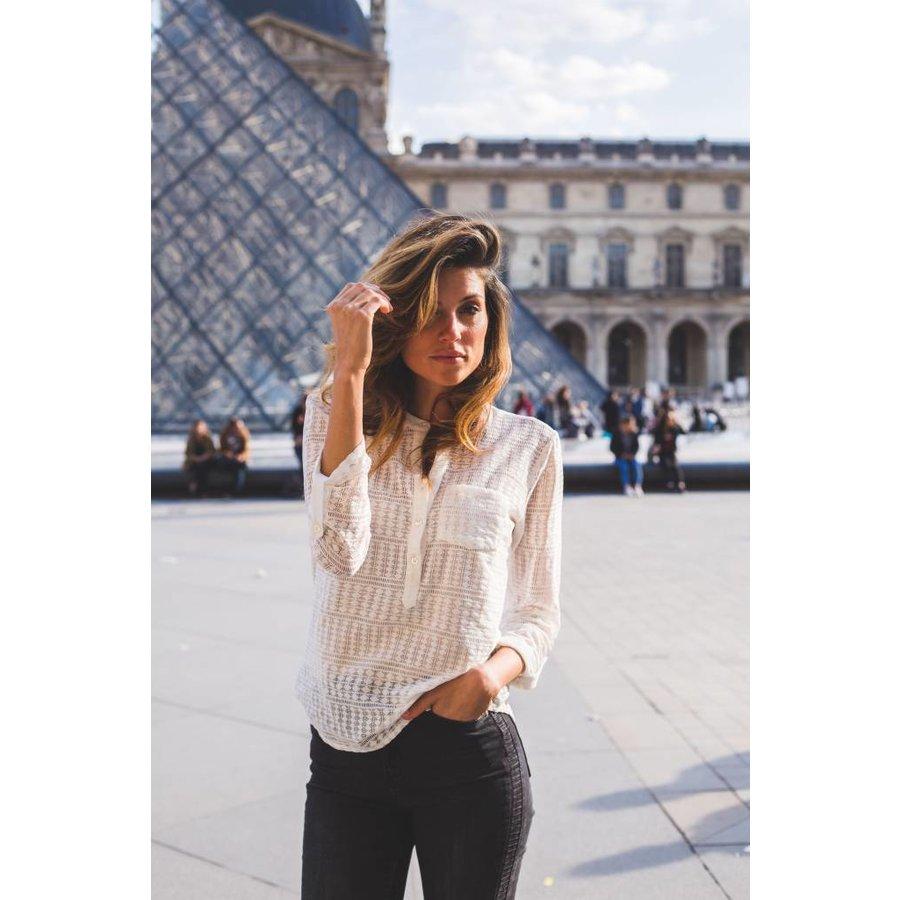 Melanie  lace