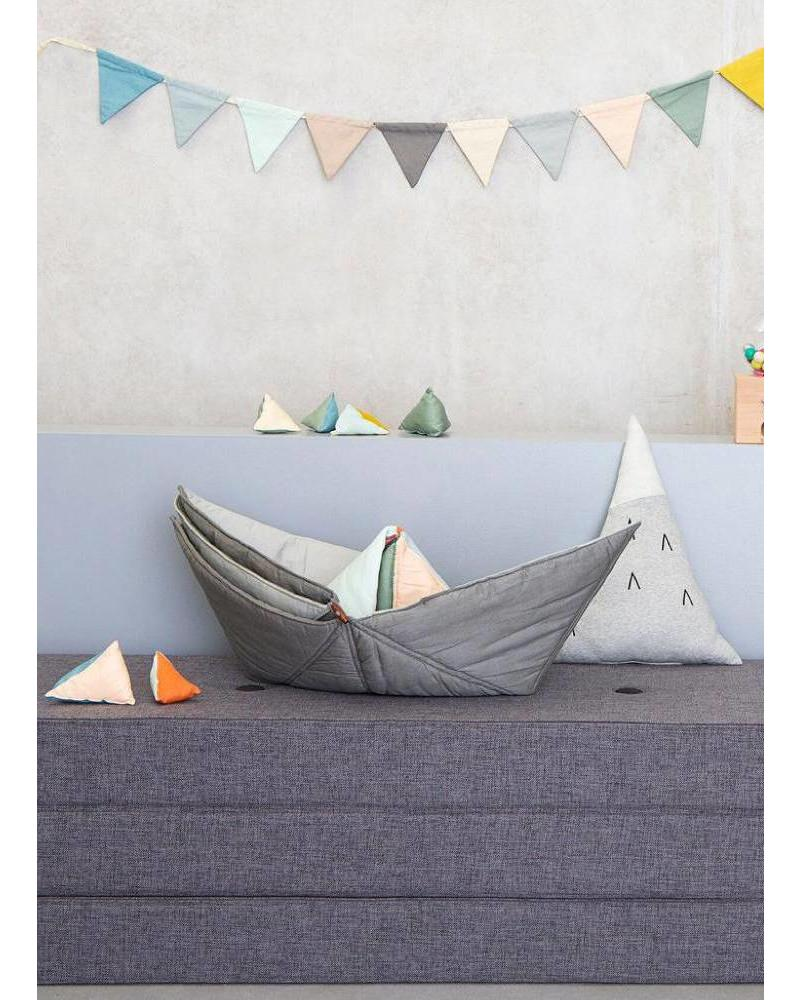 Fabelab play-fold ship blanket