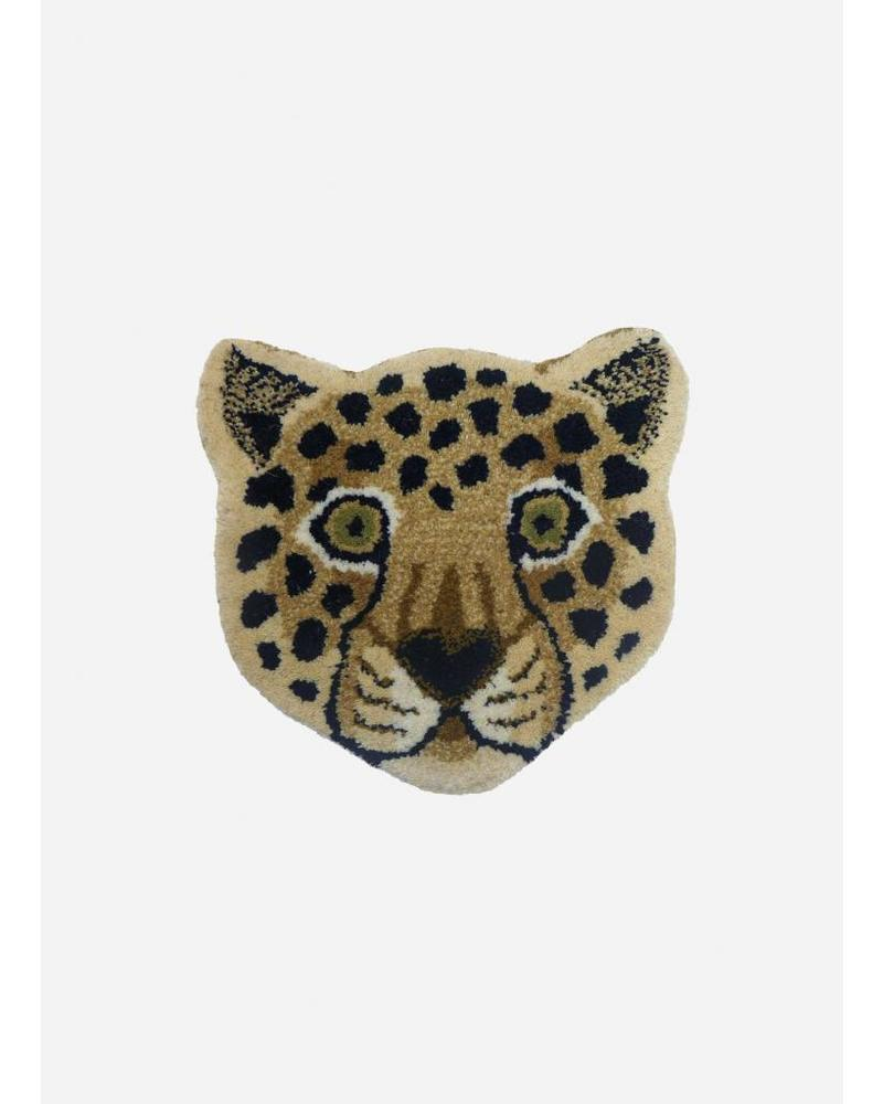 Doing Goods loony leopard head rug