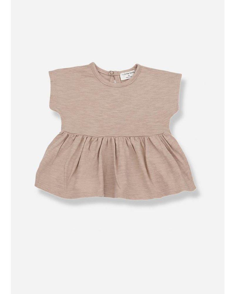 1+ In The Family aroa blouse argila