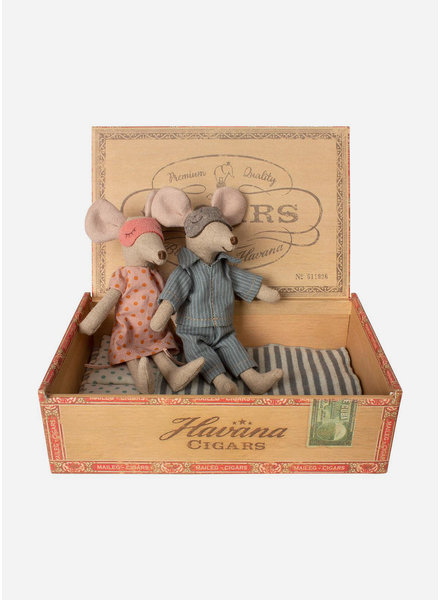 Maileg mum and dad mice in cigarbox