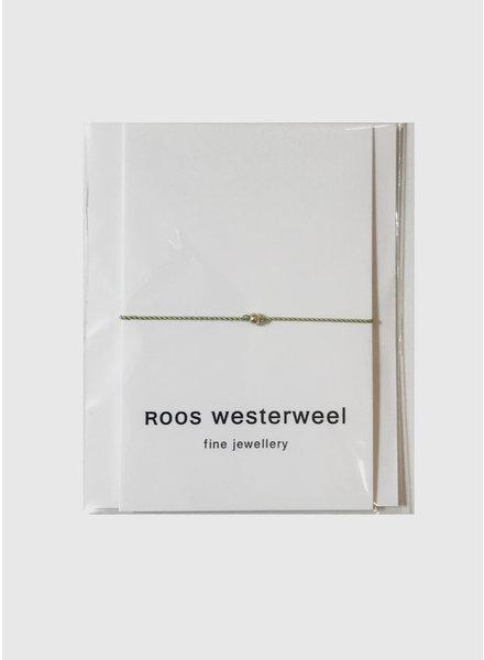 Roos Westerweel draadarmband licht groen zilveren parel