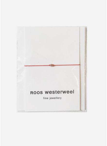 Roos Westerweel draadarmband oranje rose parel