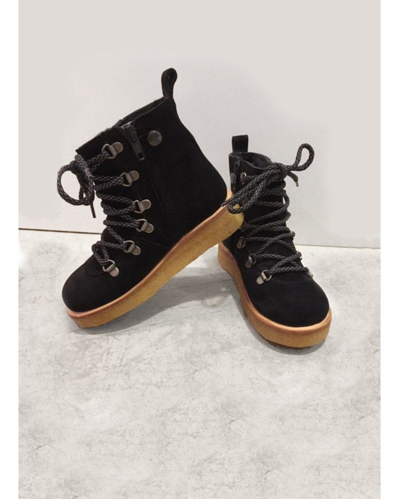 Angulus snow boot with laces and zipper - black