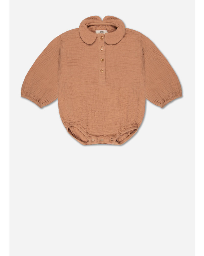 Repose 9. woven collar suit - warm caramel