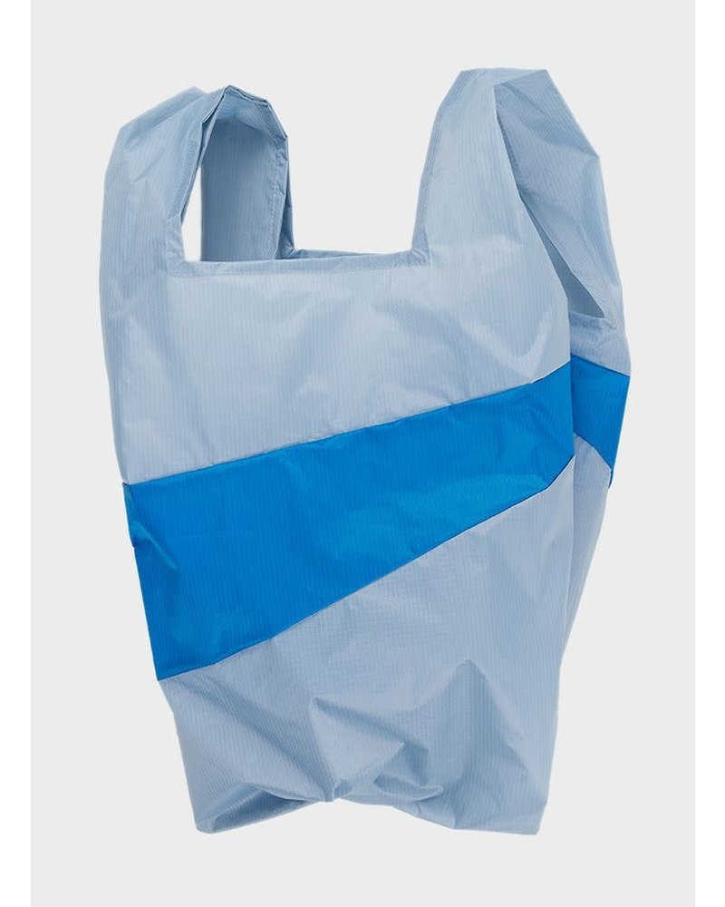 Susan Bijl shoppingbag wall and pool