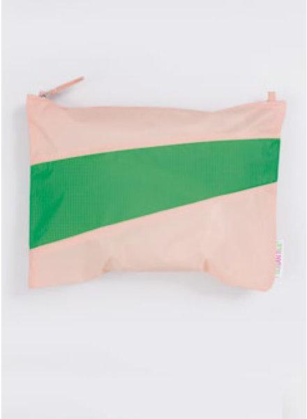 Susan Bijl recollection pouch powder - greenscreen