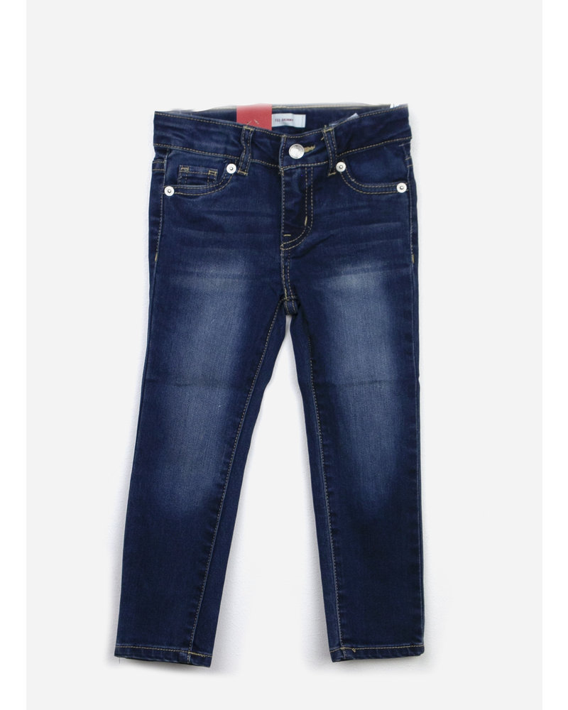 Levi's jeans 711 skinny damage is done without destruction
