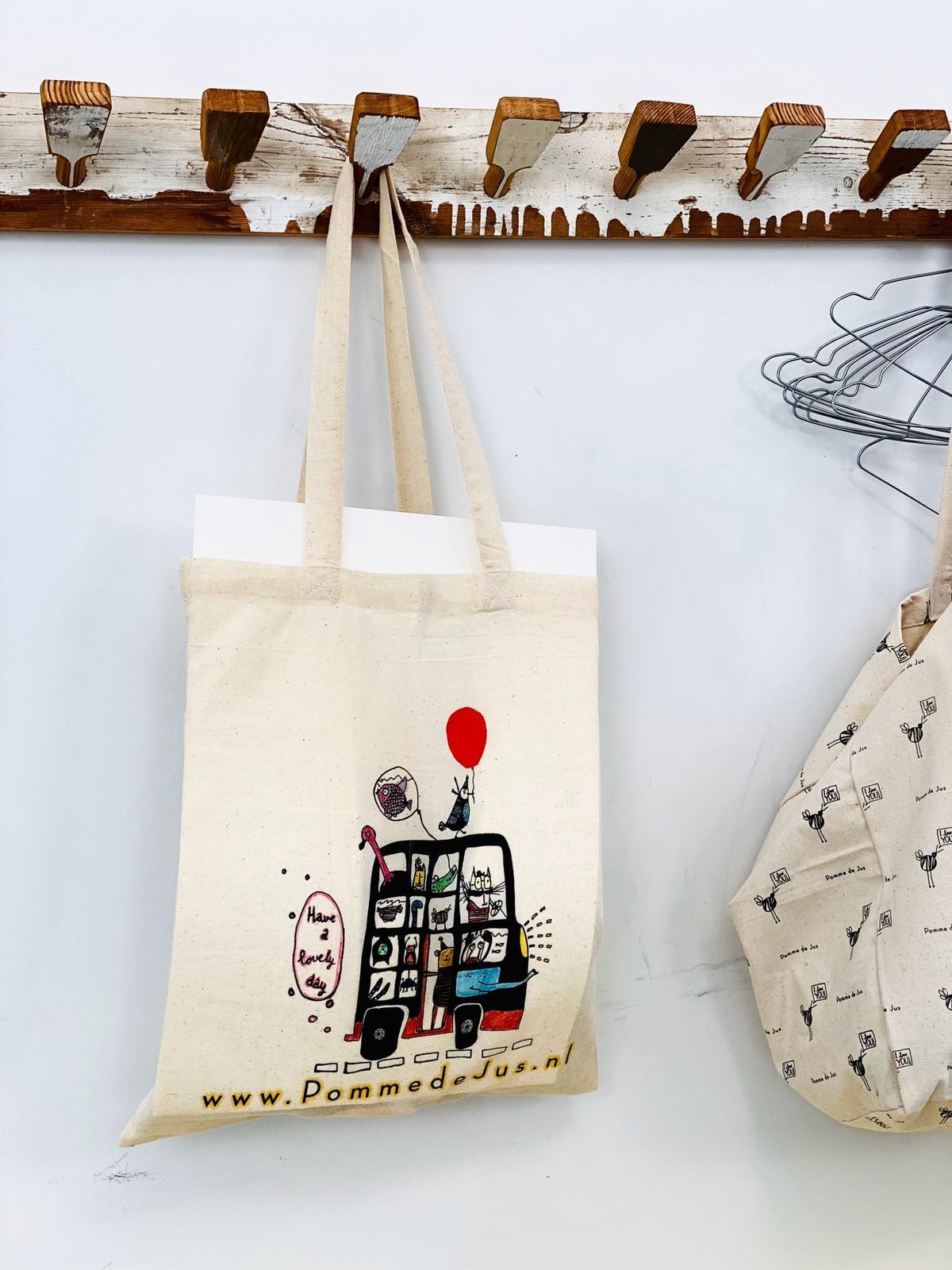 Kleur je tas in! En maak kans op een gevulde Pomme tas!