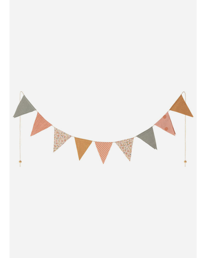 Maileg garland 9 flags dusty rose