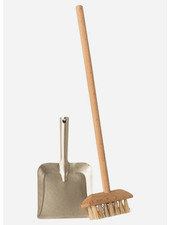 Maileg broom set
