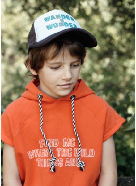Wander & Wonder hoodie top - cherry