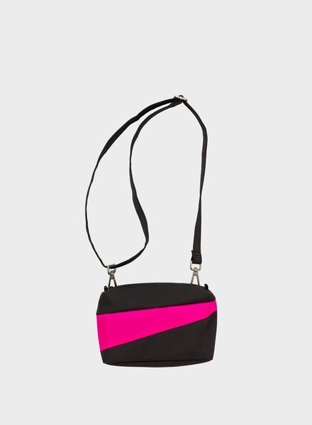 Susan Bijl bum bag black & pretty pink